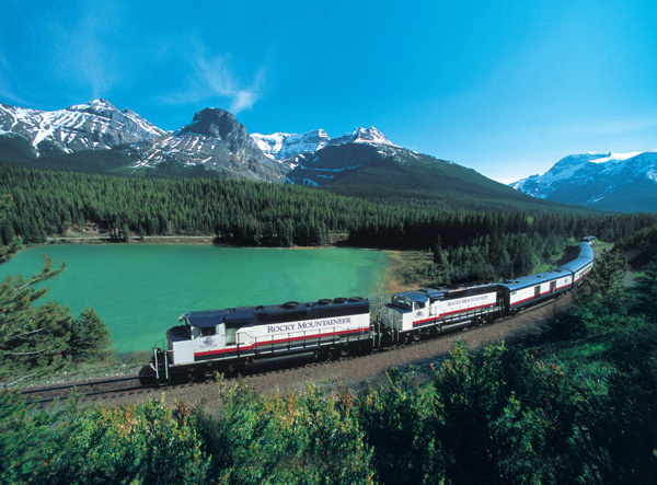 Rocky Mountaineer Train to Whistler BC