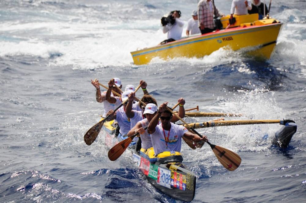 Hawaiki Nui Va'a Canoe Race, French Polynesia