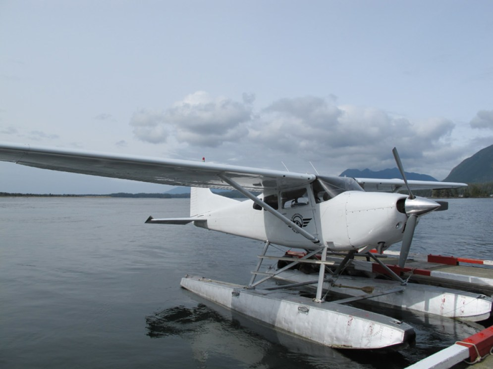 float plane, Tofino, BC