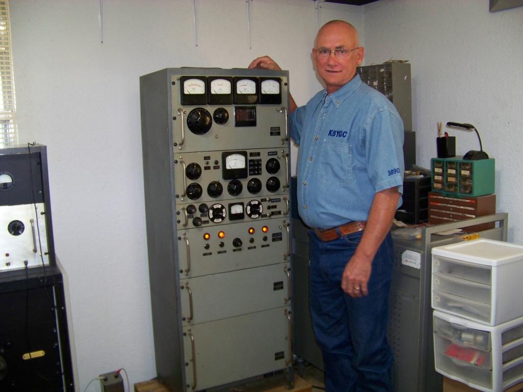 Fm Transmitter Using Logic Gates