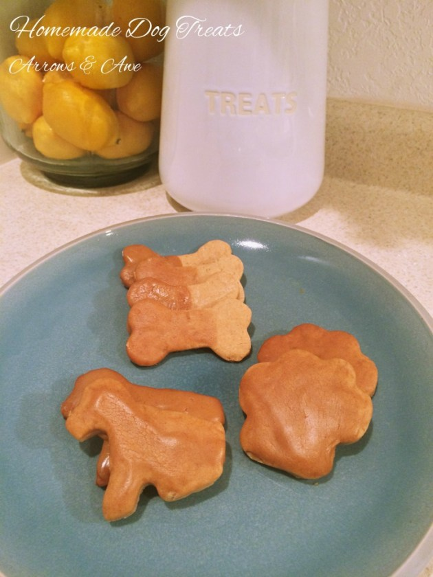 Homemade dog treats | arrowsandawe.com