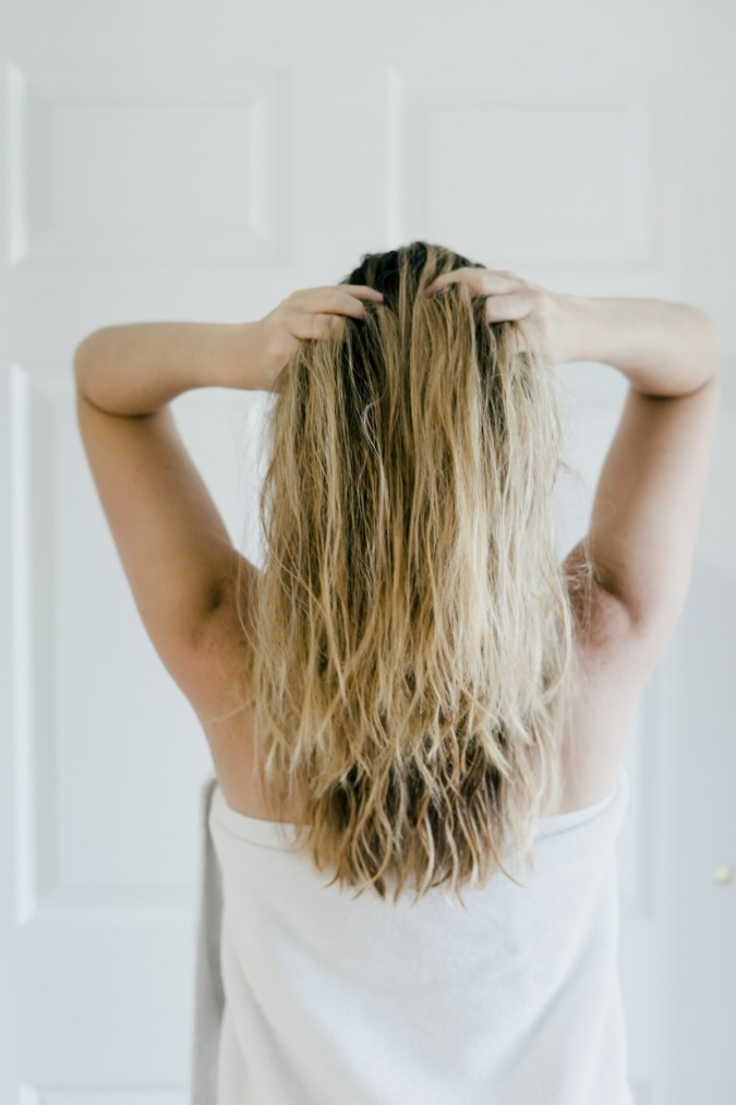 How To Maintain Healthy Hair All Summer