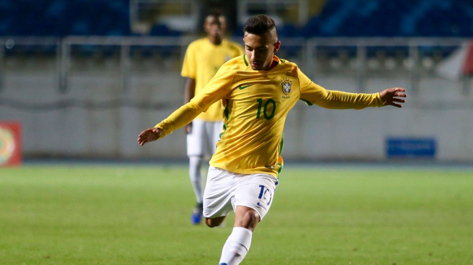 Arsenal want to seal deal for South-American after verbal agreement with club