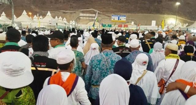 Bagaimana Nasib Biaya Haji dan Umrah? Seiring Arab Saudi Tarik Pajak 5%.