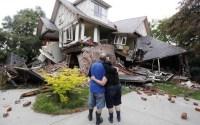 7 Tips Untuk Menyelamatkan Diri Saat Gempa