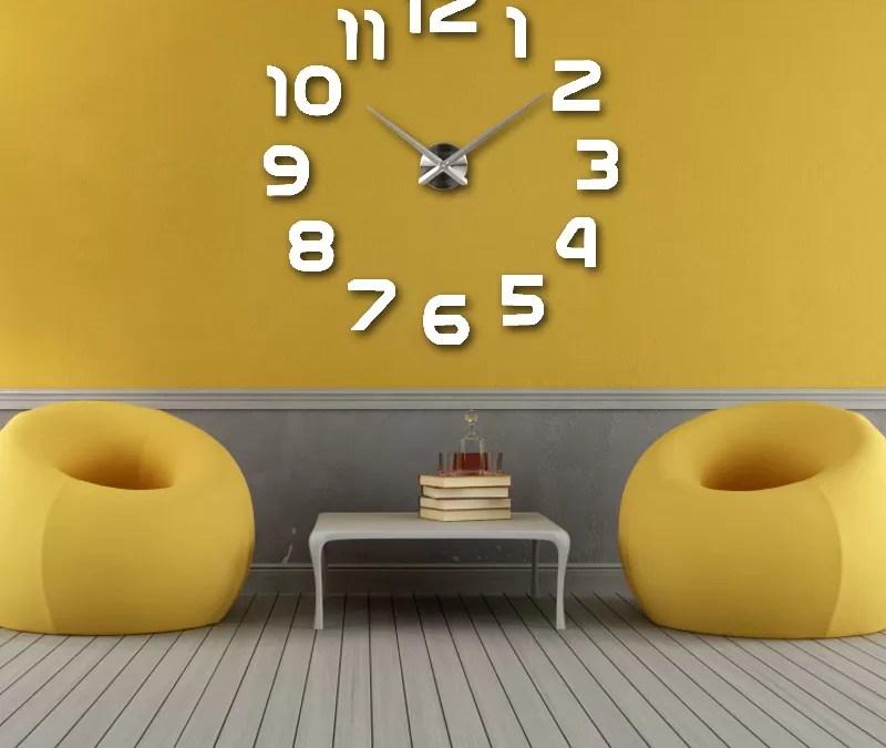 Jam dinding untuk dekorasi rumah