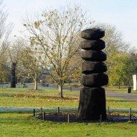 Cairn Column
