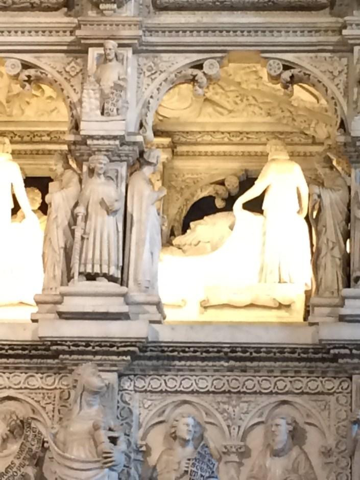 Pavie, tombeau de Saint-Augustin
