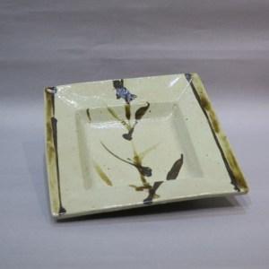 浜田庄司 鉄絵角鉢