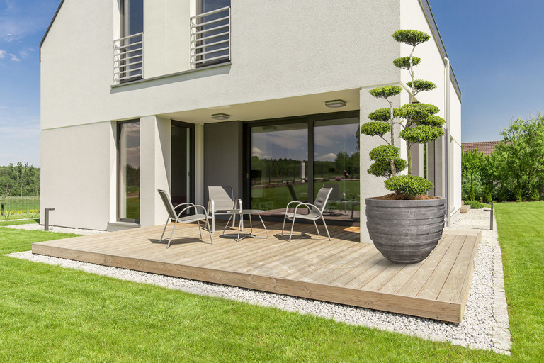 Wooden patio design- small terrace idea for modern house