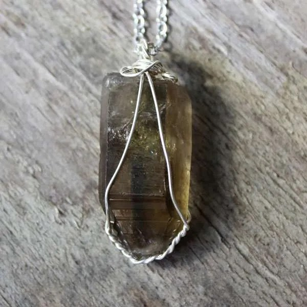 with pendant quartz white natural stone wand fluorite point item healing treatment crystal hand hexagonal
