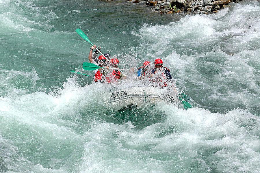 tuolumne-river-california-yosemite-whitewater-rafting-arta-river-trips-01