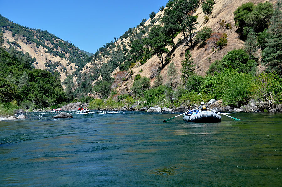 Floating along on the Tuolumne River