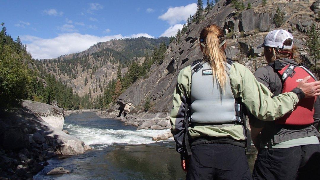 training-idaho-rowing-school-scouting-arta-river-trips