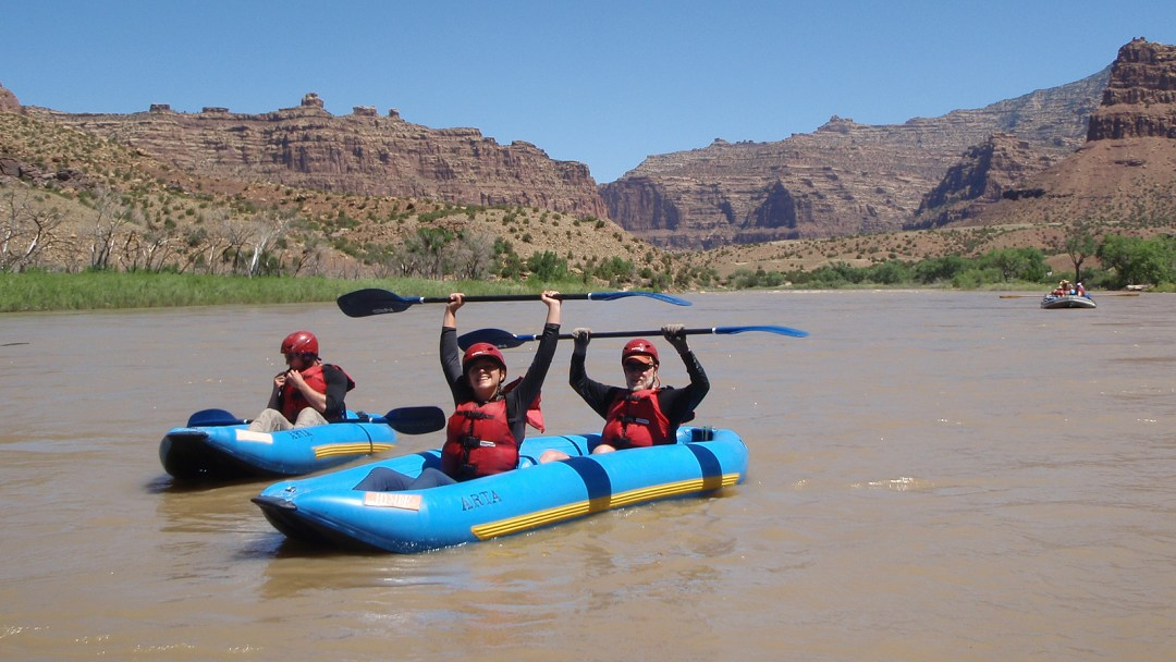 Inflatable kayaks along the Green River in Desolation Canyon