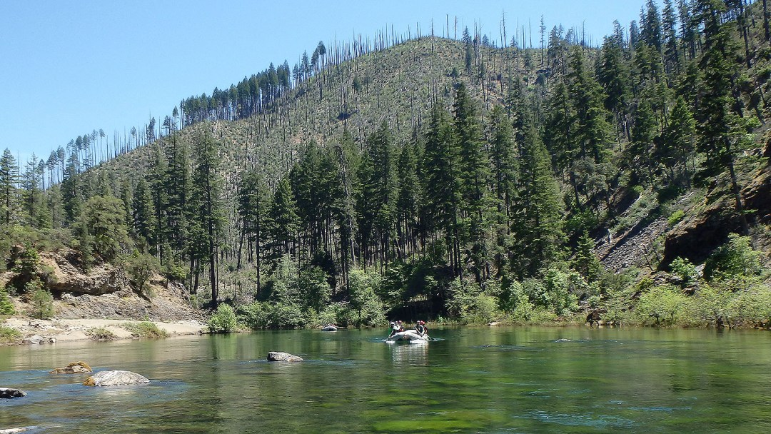 Clear water along the Illinois River in Southern Oregon