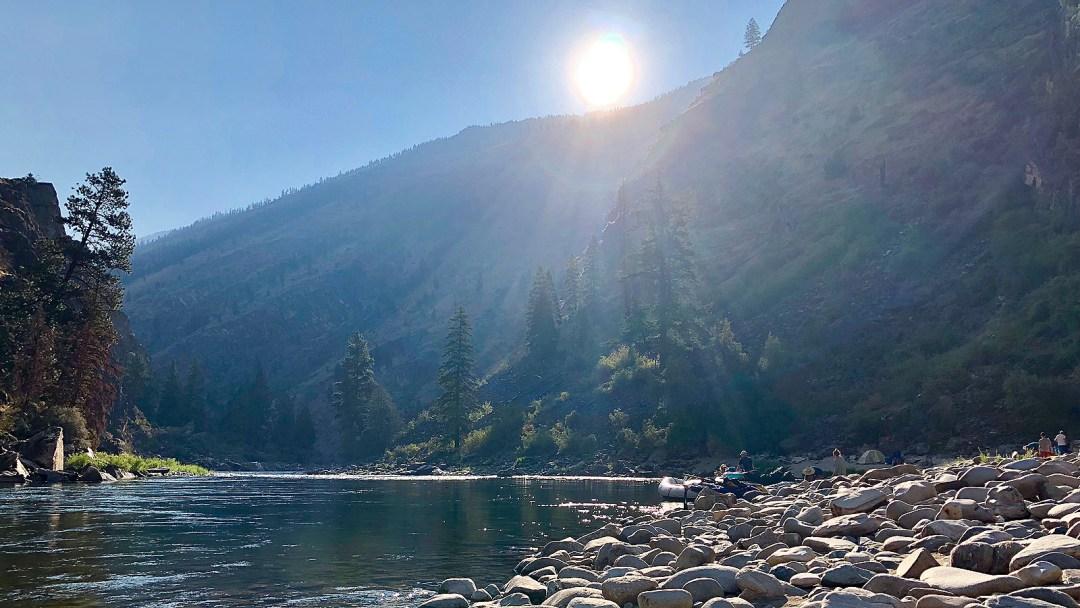 scenic-view-middle-fork-salmon-arta-river-trips-f
