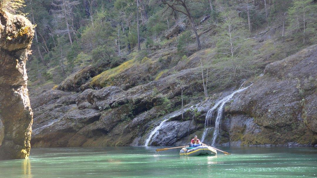 waterfall-scenic-illinois-river-arta-river-trips-k-web-1