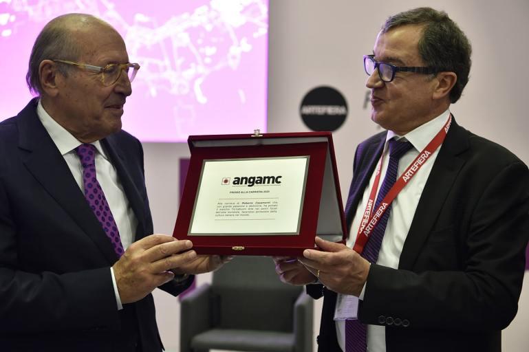 Roberto Casamonti riceve il Premio ANGAMC 2020