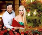 Χαρούμενα Χριστούγεννα με τη σοπράνο Μάρα Θρασυβουλίδου και τον μαέστρο Γιώργο Νιάρχο