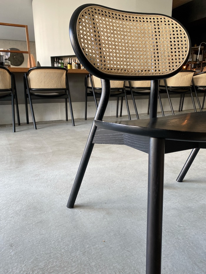 OGAWA COFFEE LABORATORY 椅子