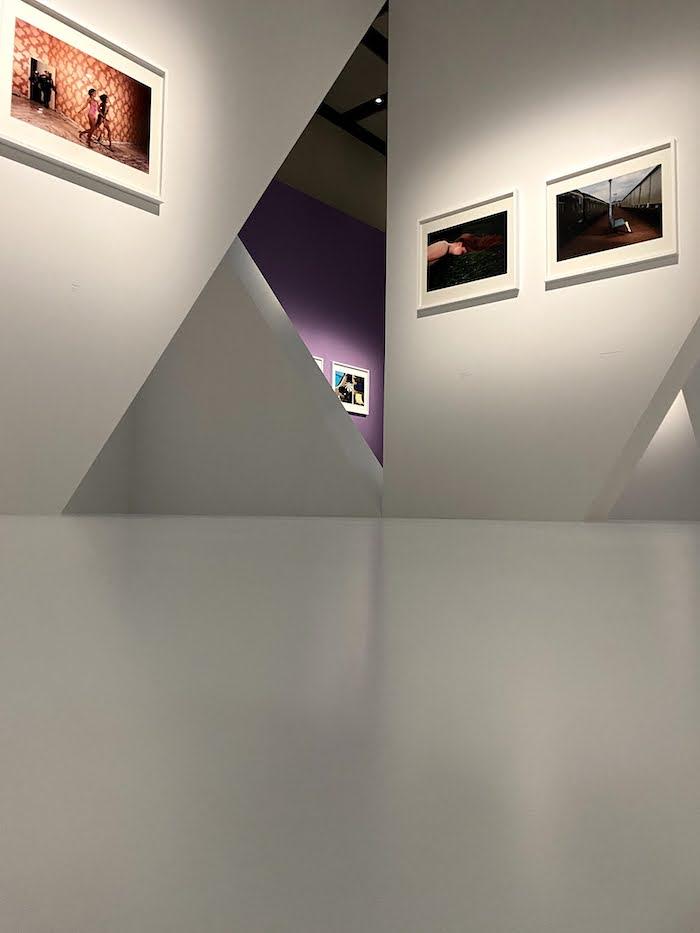 ギイ・ブルダン展 「The Absurd and The Sublime/滑稽と崇高」CHANEL NEXUS HALL