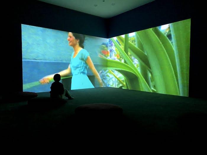 ピピロッティ・リスト「あなたの眼はわたしの島」水戸芸術館