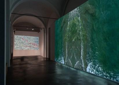 Sarah Ciracì, Like an ocean with its waves…, 2017