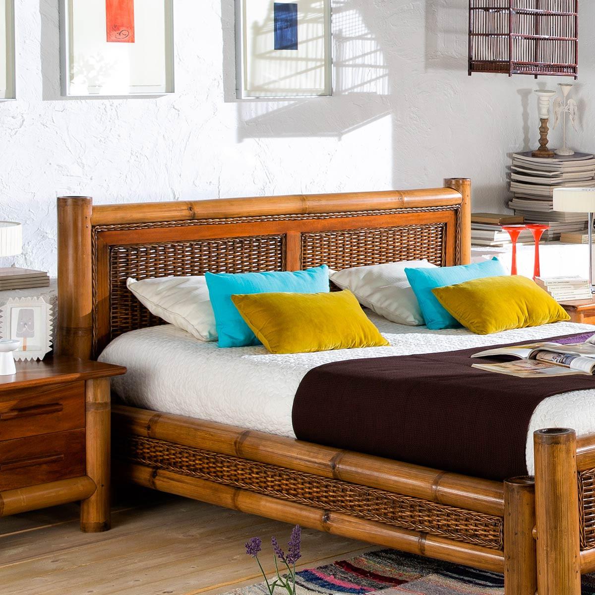 tete de lit exotique bambou et rotin