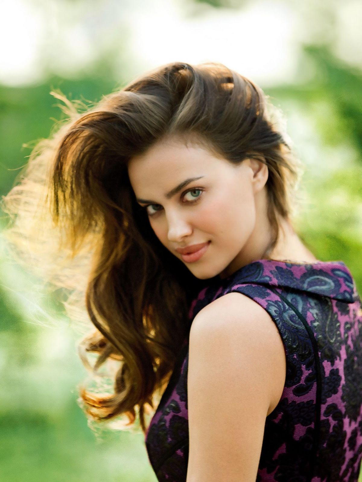 irina-shayk-at-photoshoot-for-cosmopolitan-china_7