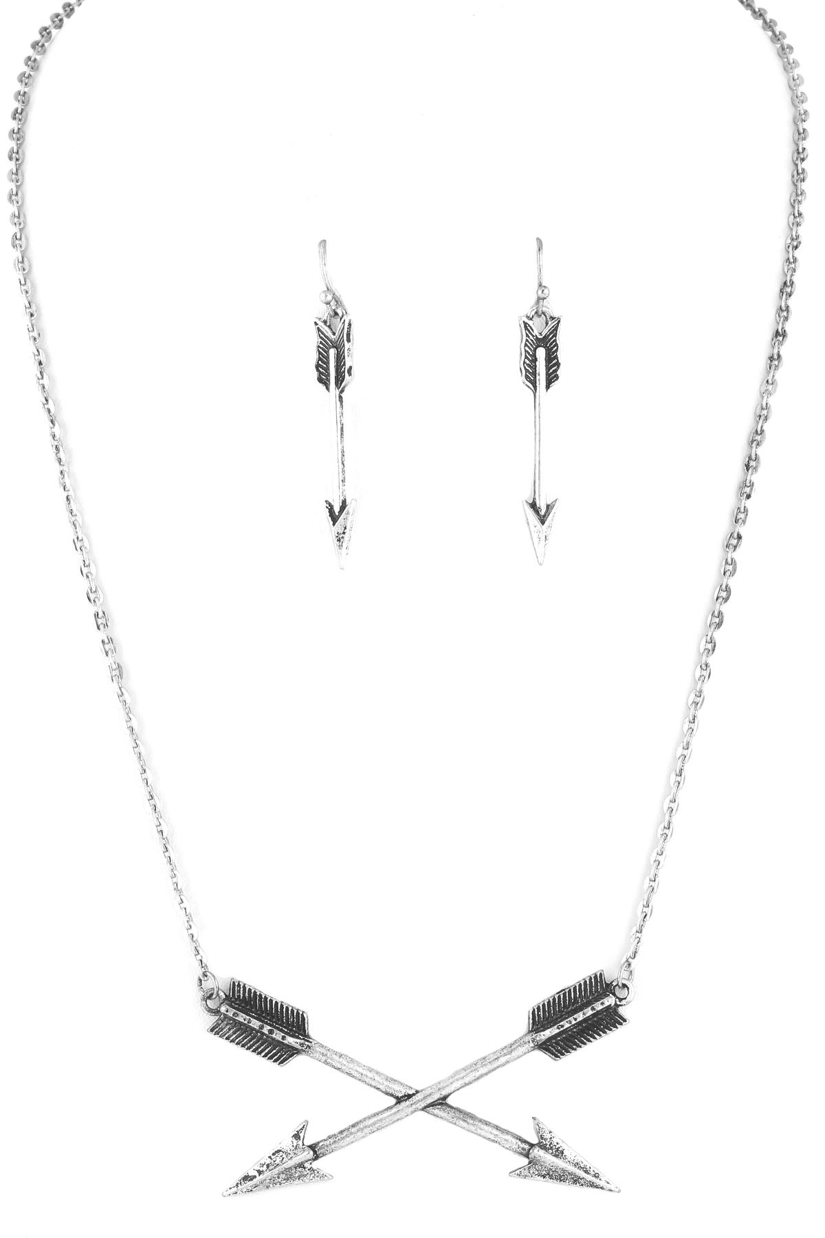 Double Arrow Necklace Set