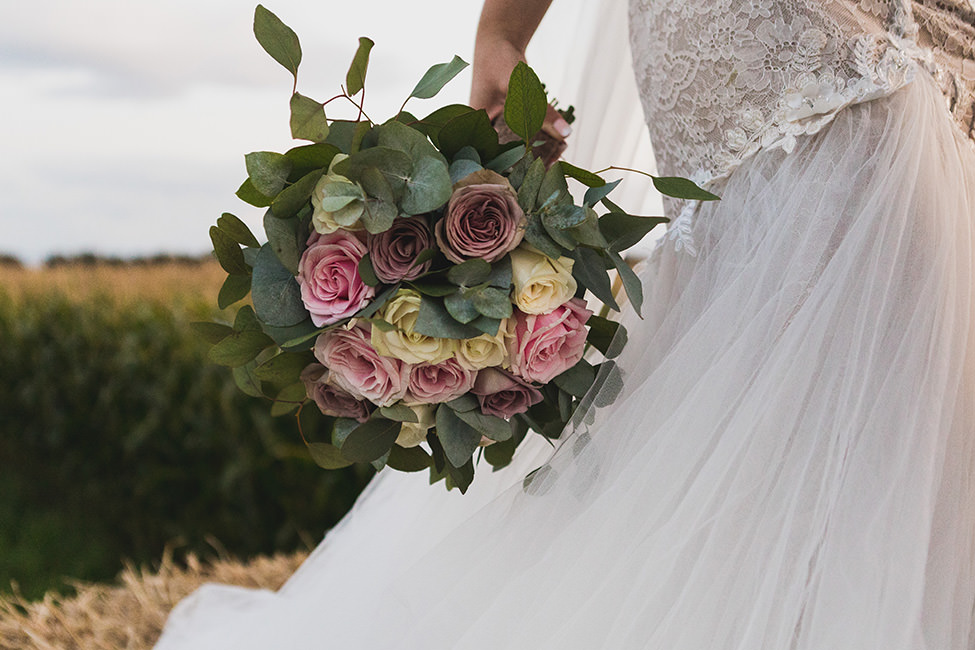 wedding bouquet south wales
