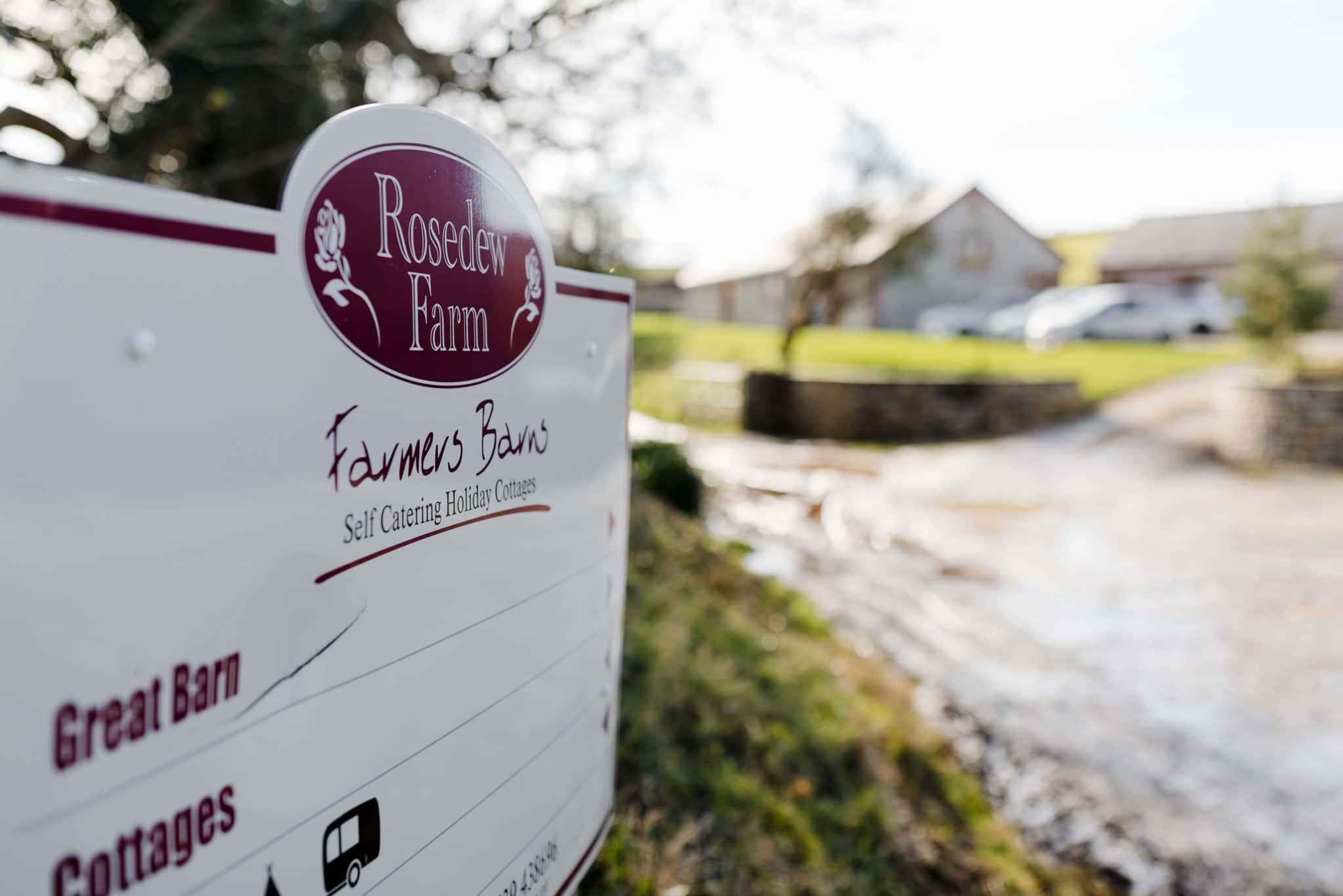 Rosedew Farm wedding Photography-17- Art by Design