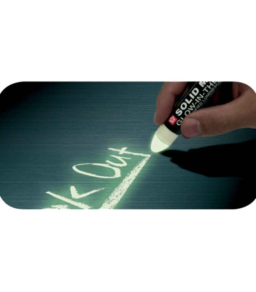 markadoros-solid-marker-glow-in-the-dark-sakura-Art&Colour-2
