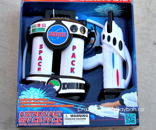 astronaut space pack water blaster - photo #5