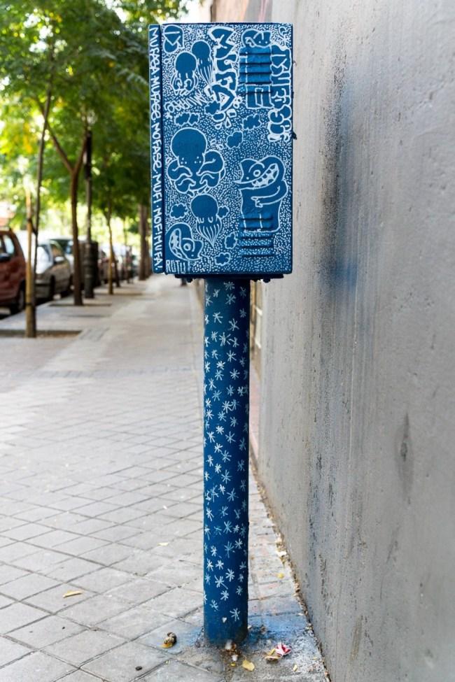 Blue box (1)