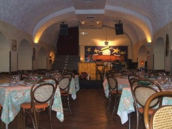 A Canzuncella a Napoli  Ristorante  Itinerari turismo  Arteit