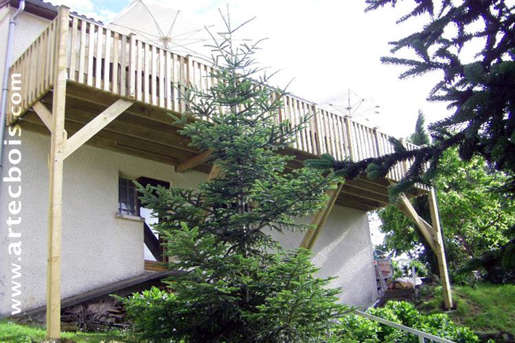 ARTECBOIS TERRASSES EN BOIS EN HAUTEUR suspendues ou sur poteaux porteurs et balcons en bois en