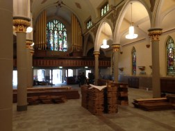 photo 1, pew installation