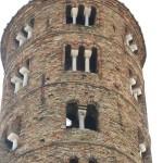 S. Apollinare nuovo - la torre campanaria - particolare