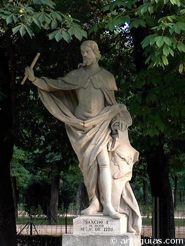 Estatua de Sancho IV