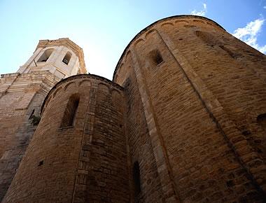 Cabecra de la catedral románica de Roda de Isábena, De tiempos de Sancho Ramírez