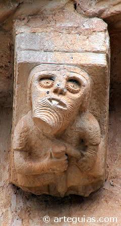 Tullido esculpido en la iglesia de Incinillas (Burgos)