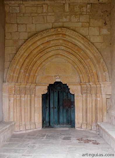 Puerta de la iglesia de Saraso, Condado de Treviño, Burgos