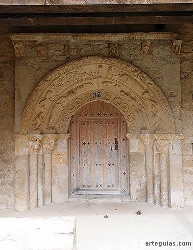 Vista frontal de la puerta