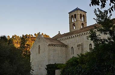 La iglesia monacal desde el norte