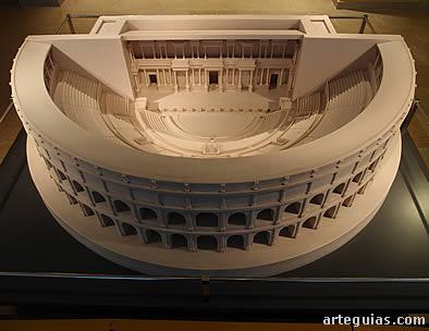 Maqueta del Teatro de Caesaraugusta reflejando su estado en el siglo I d.C.