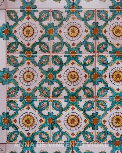 Piastrelle decorate per pavimenti  Tavolo consolle allungabile