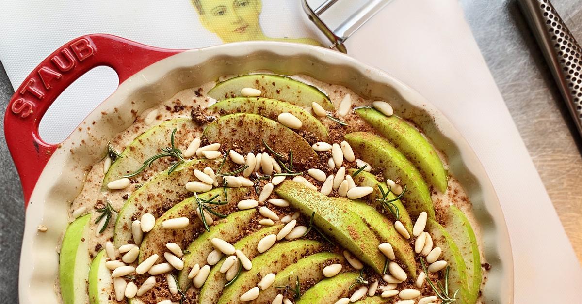 Castagnaccio – Apple pie: due torte in una