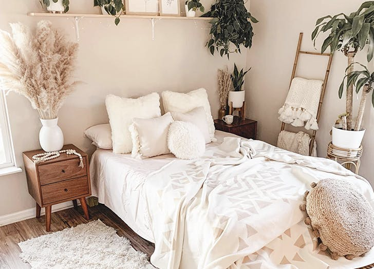 Decor Ideas That Will Make You Want To Redo Your Master Bedroom Found It On Amazon Arteresting Bazaar